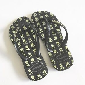 💀 Havaianas ☻ Glow in the Dark Skull Flip Flops ☻